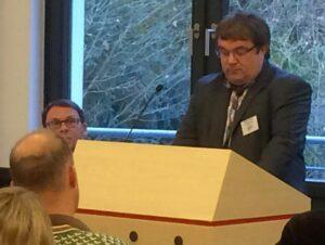 Einführung in die Thematik durch den Fachbereichsleiter ASDJ der DJG in NRW Martin Helm Foto: DJG NRW